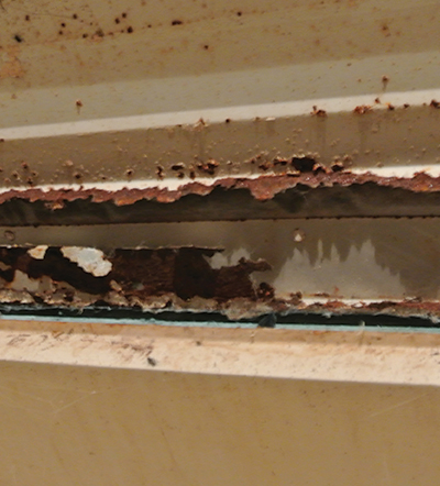 Poor insulation causes condensation that rusts the metal.